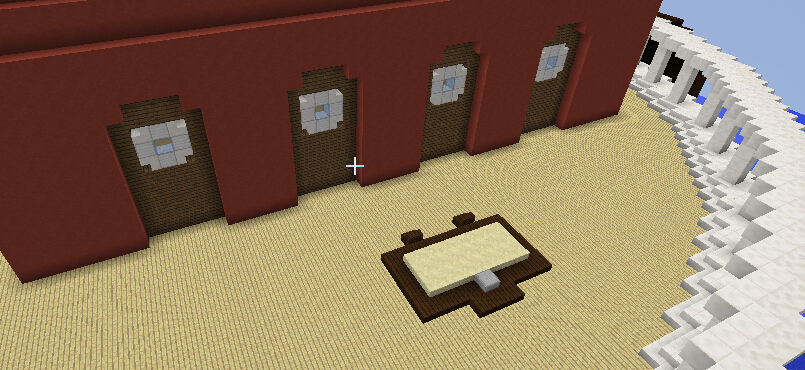 三楼侧面四扇窗(假门)以及侧面水族箱抓鱼槽的盖子。